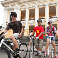 Hanoi Foodies on Pedal Half-Day Tour (2 departures/ day)