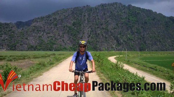 Anto Vietnam Cycling tour in NInh Binh