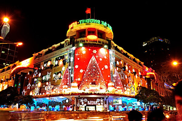 Christmas in Vietnam, Ho Chi Minh city center